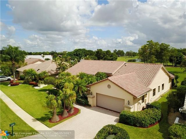 10767 Boca Woods Lane Image #1