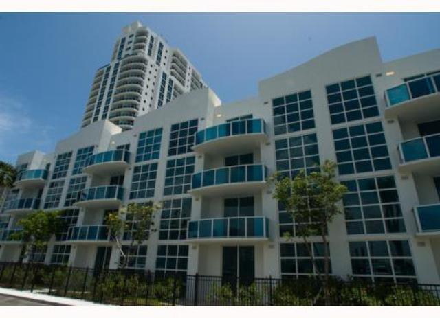 1945 South Ocean Drive, Unit M11 Image #1