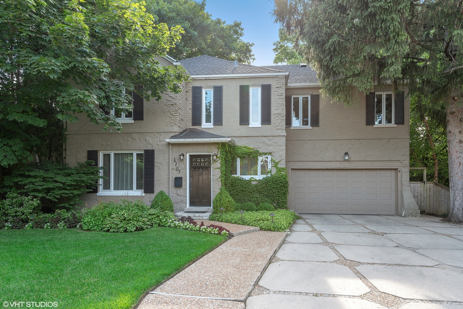 1207 Ridge Road Wilmette, IL 60091
