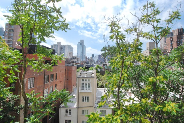230 East 79th Street, Unit 8A Manhattan, NY 10075