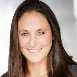 Jennifer Ozar, Agent in Los Angeles - Compass