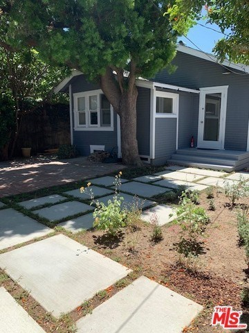 4136 McConnell Boulevard Los Angeles, CA 90066