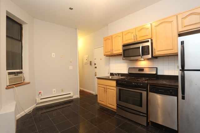 324 West 49th Street, Unit 4FW Image #1