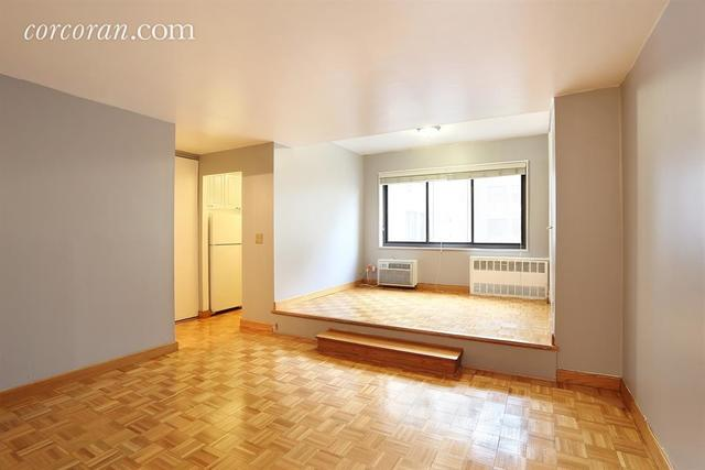85 8th Avenue, Unit 2A Image #1