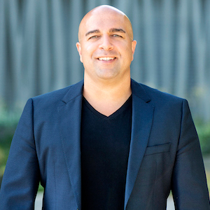 Sam Araghi,                       Agent in Los Angeles - Compass