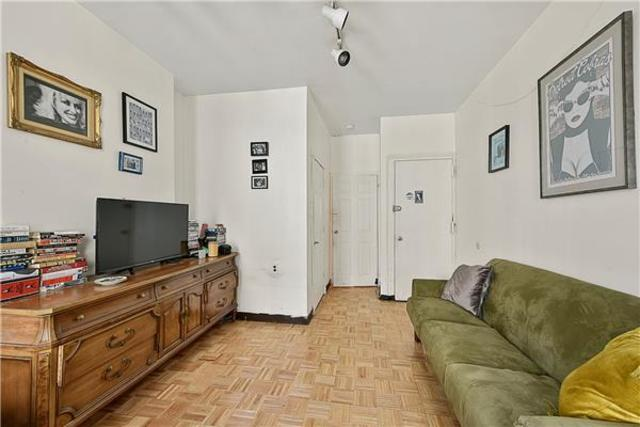623 East 6th Street, Unit 8 Image #1