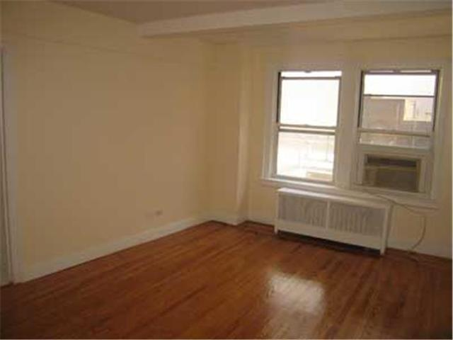 31 East 12th Street, Unit 8G Image #1