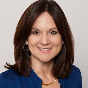 Jenn Davis,                     Agent in San Francisco - Compass