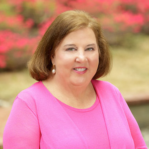 Linda Norman, Agent in DC - Compass