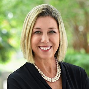 Alisse Herbert,                       Agent in Miami - Compass