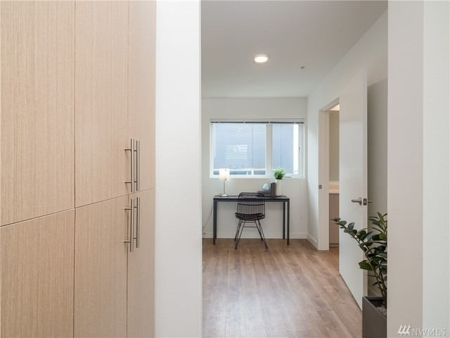 121 12th Avenue East, Unit 510 Seattle, WA 98102