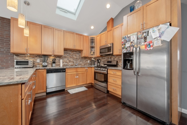 234 Bay 22nd Street Brooklyn, NY 11214