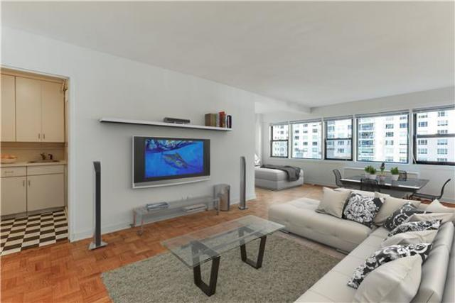 220 East 67th Street, Unit 10B Image #1