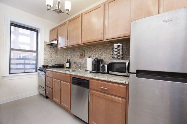 163 West 17th Street, Unit 2K Manhattan, NY 10011