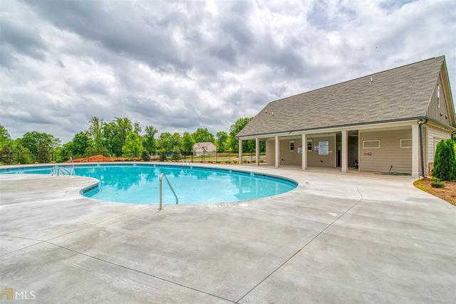 410 Brighton Park Circle, Unit 83 Hoschton, GA 30548