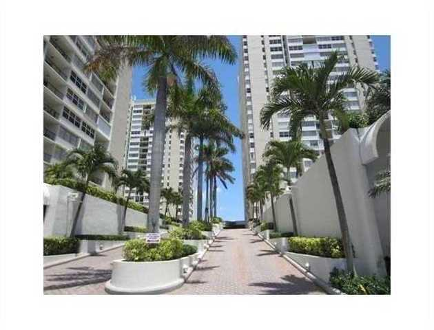 1904 South Ocean Drive, Unit 1502 Image #1