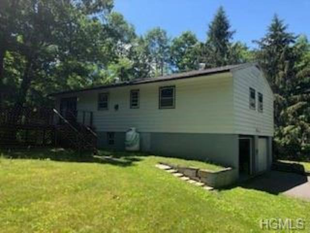 658 Willow Brook Road Clinton Corners, NY 12514