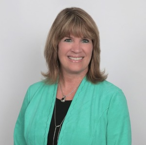 Lisa Bast, Agent in DC - Compass