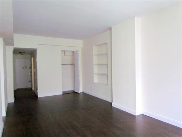 10 East 13th Street, Unit 3A Image #1