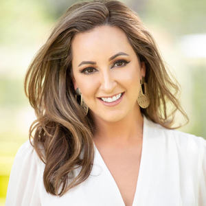 Elizabeth Bartee,                       Agent in Houston - Compass