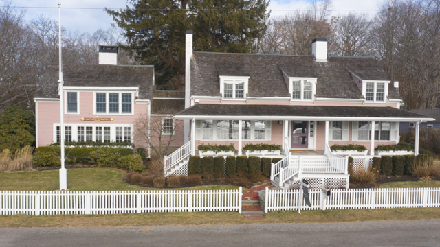 90 Howard Gleason Road Cohasset, MA 02025