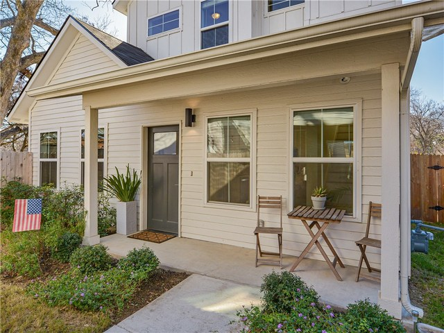 3107 Lyons Road, Unit B Austin, TX 78702