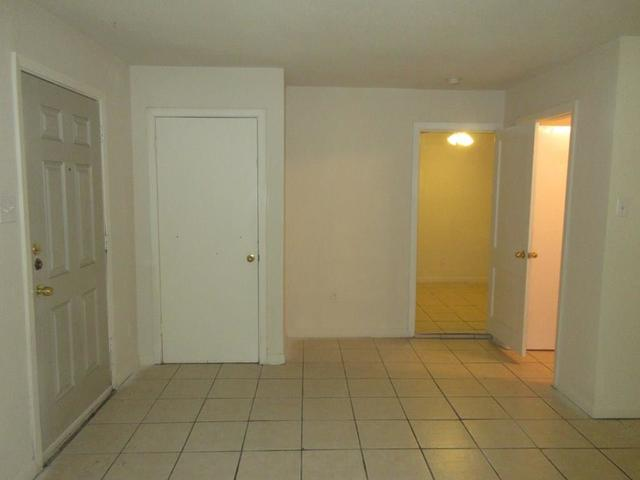 4618 Clay Street, Unit 3 Houston, TX 77023
