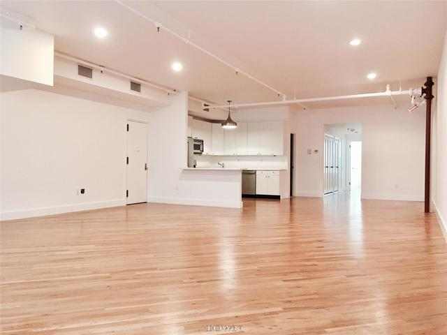 215 West 20th Street, Unit 3E Image #1