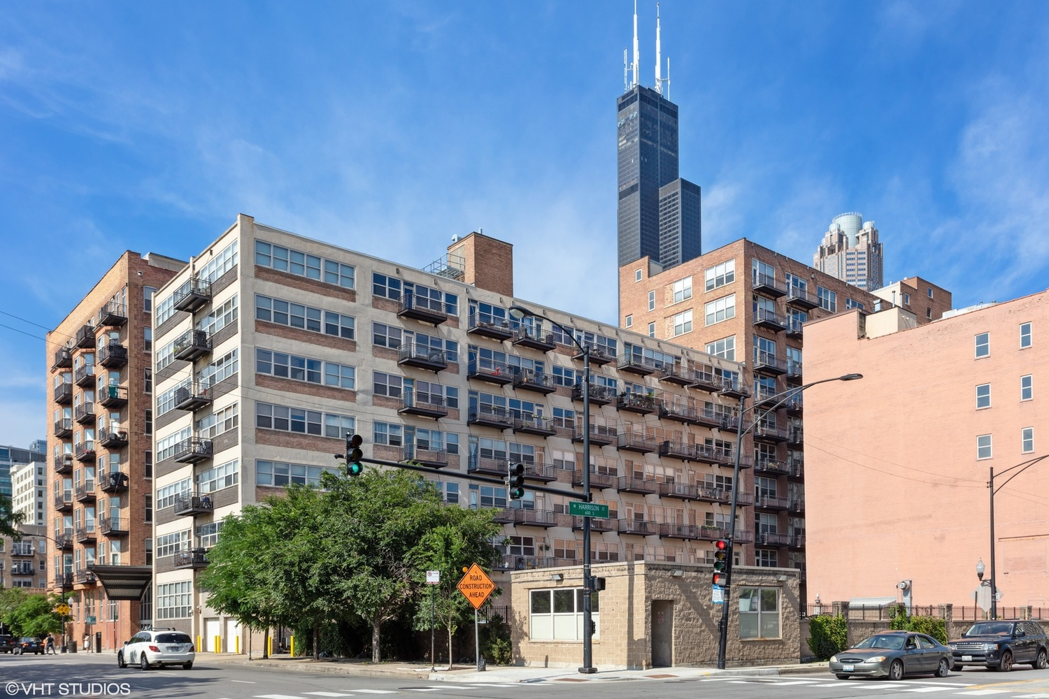 500 South Clinton Street, Unit 1013 Chicago, IL 60607