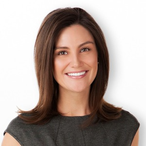 Nikki Gladstone,                     Agent in Los Angeles - Compass