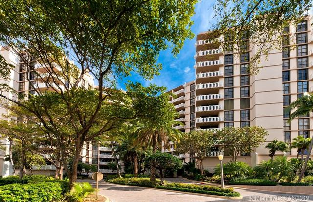 1121 Crandon Boulevard, Unit D1204 Miami, FL 33149