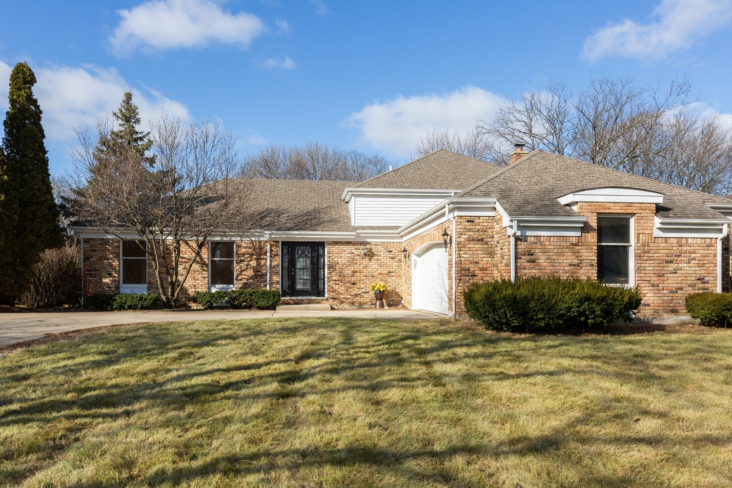 152 Saddle Brook Drive Oak Brook, IL 60523
