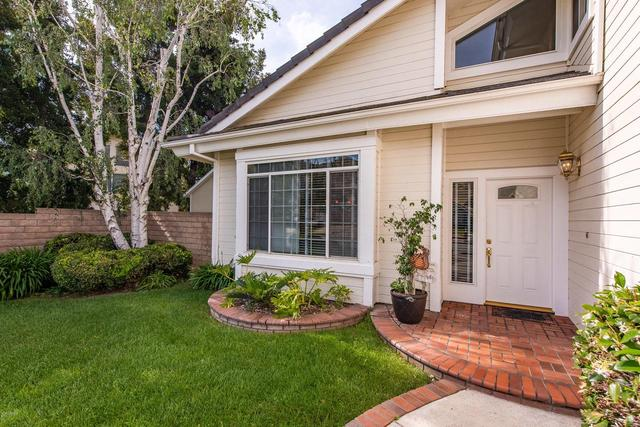 6058 Mescallero Place Simi Valley, CA 93063
