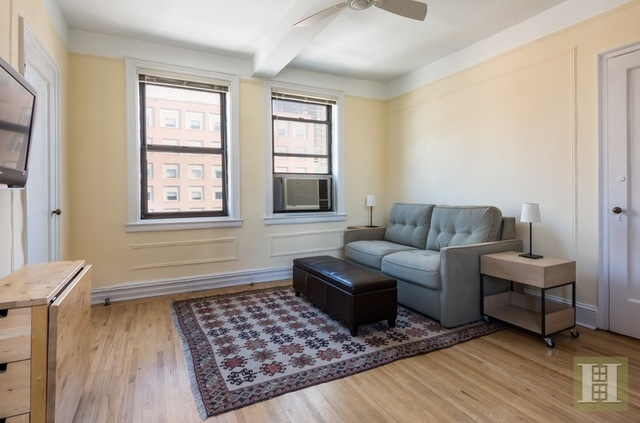 457 West 57th Street, Unit 1715 Image #1
