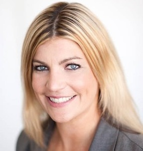 Sally Thompson,                     Agent in San Francisco - Compass