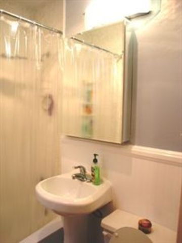 128 East 83rd Street, Unit 5D Image #1