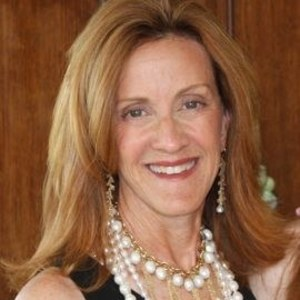 Susan Furstman,                     Agent in San Francisco - Compass