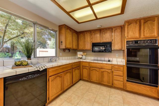 9063 Grouse Meadow Drive Elk Grove, CA 95624