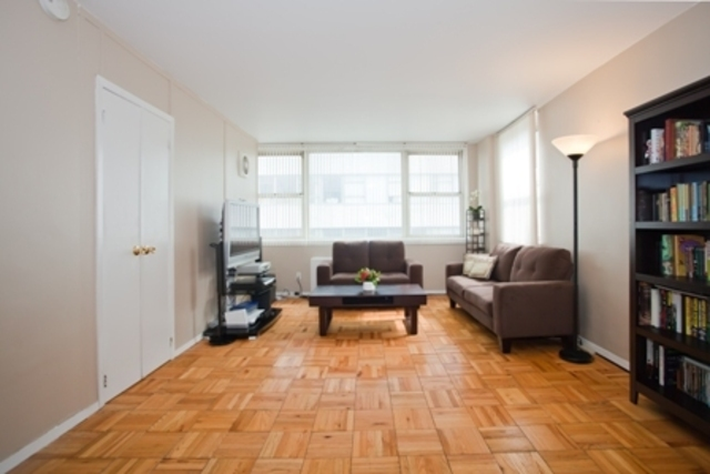 200 East 58th Street, Unit 10C Image #1