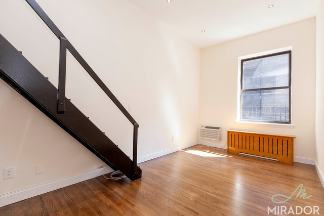 26 East 13th Street, Unit 4G Image #1