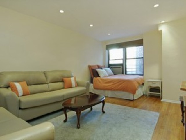 30 East 9th Street, Unit 6GG Image #1