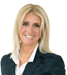 Joanna Going,                       Agent in Chicago - Compass