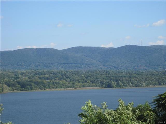 7 Chelsea View Terrace Newburgh, NY 12550