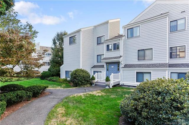 93 Rowayton Woods Drive, Unit 93 Norwalk, CT 06854