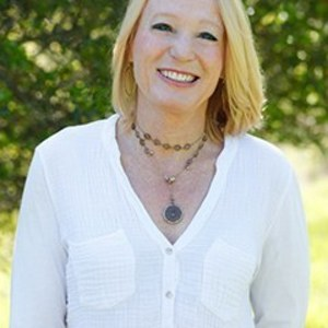Tracey Broadman,                     Agent in San Francisco - Compass