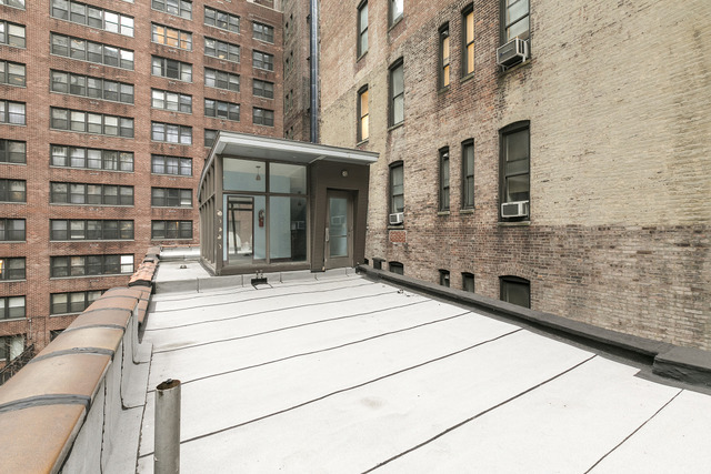 148 East 40th Street, Unit CARRIAGE Manhattan, NY 10016