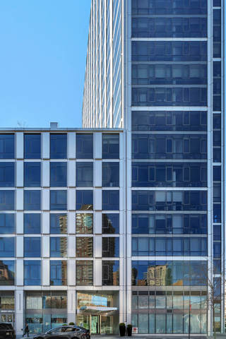 200 Chambers Street, Unit 5L Manhattan, NY 10007