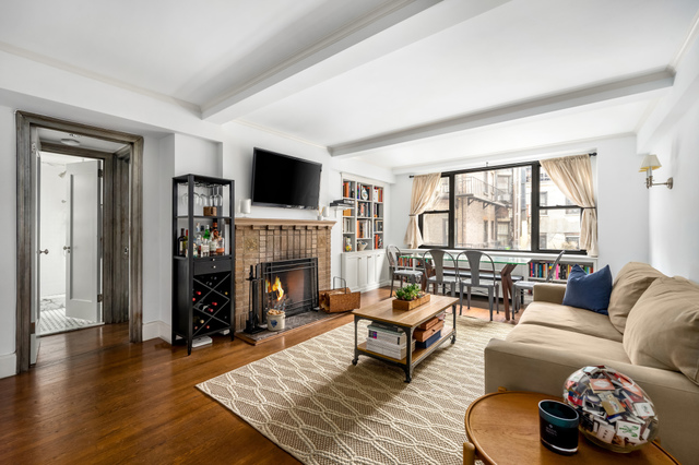 61 West 9th Street, Unit 4E Manhattan, NY 10011