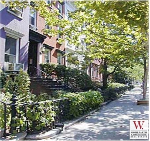 363 West 19th Street, Unit 1R Image #1