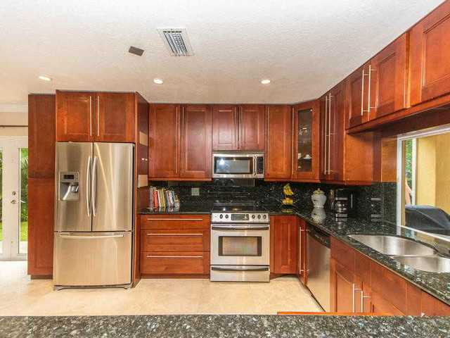 2780 Evergreen Way Image #1